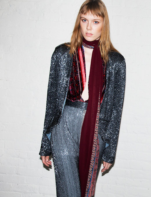 moda de rua-skinny-scarves-13